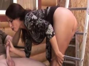 Handjob loving mature milf with monster boobs
