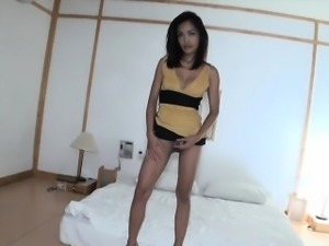 Sexy ladyboy amateur bareback anal sex with a white guy
