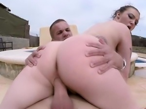 Bubble butt Harmony Reigns with giant tits