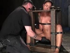 ebony slut gets tortured