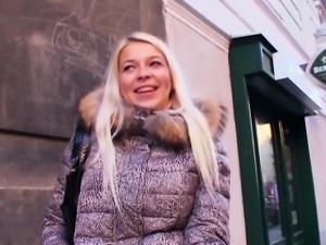 Real czech amateur gets cum on pussy