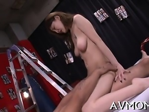 Oriental fetish milf gets while sucking on toes and balls