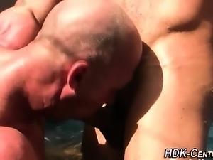 Mature dude barebacks