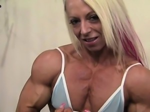 Nathalie Sexy Gym Body Show Off