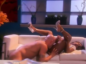 Jada Fire has some time to give some oral pleasure