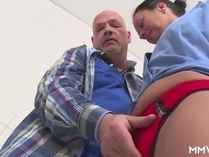 german mom draining the plumber