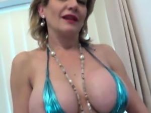 Unfaithful english mature lady sonia showcases her heavy boo