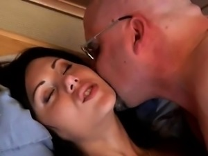 Hot brunette milf with big tits sucks cock first time So Wil