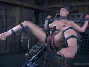 abigail dupree loves pain & fucked hard by machine