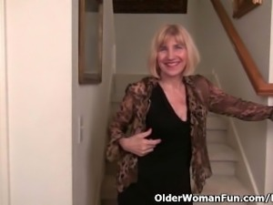 Skinny grandma Bossy Rider gets her juices flowing