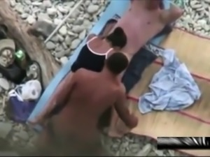 Spying pussies and public sex at nude beach