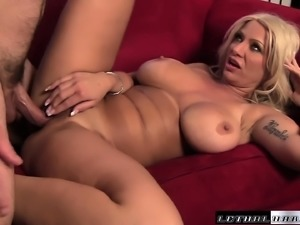 Horny housewife shows off her juicy tits while giving a blow job