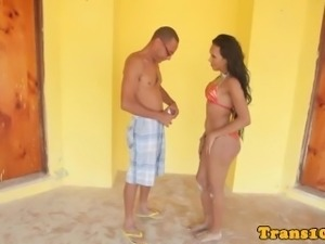 Bikini latina tranny facialized