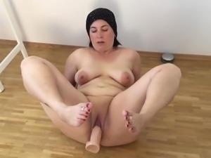 Fatma real mom dildo fat pussy bbw milf mature chubby