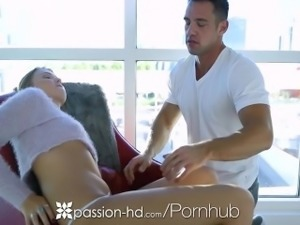 Passion-HD - Melissa May sits on Johnny Castles face