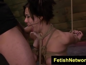 FetishNetwork Kimmy Lee rides the sybian