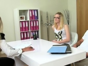 Chick casting agent fucked at couple audition