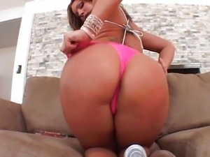 Ass to mouth masturbating hussie