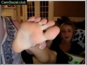 Young lady Fisting on CamSocial.club
