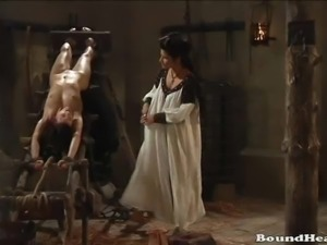 Countess Enjoys In Fresh Lesbian Slaves