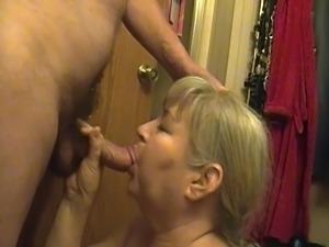 Sexy Mature Blow