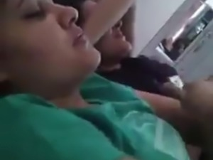 Pakistani teens singing dirty gundi song