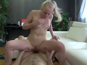 Lola Taylor porno star fights it off & gets porked