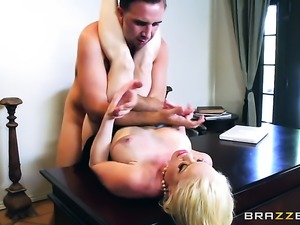 Blonde chica Nikki Delano with giant breasts spends time doing it with horny...
