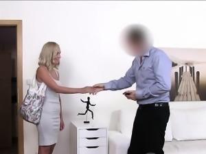 Blonde in pink panties fucks in casting