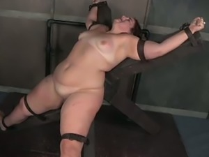 This BBW slut is into kinky stuff and she loves getting her twat toyed