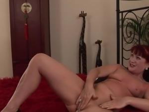 Mature Esmerelda - Red Carpet