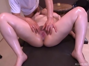 Oiled big tits model pussy licked then throbbed hardcore