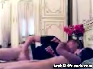 Arab girlfriend gets ready for hot sex