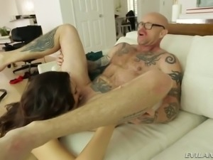 Famous beefcake stud with a big clit and hot pussy makes love with delicious...