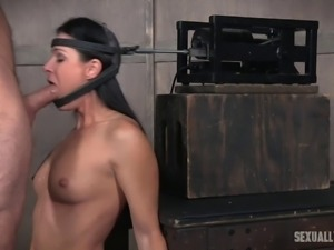 Babe on a sybian machine fucked hard in her warm mouth