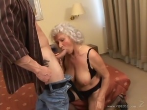 Chubby granny with big tits getting drilled hardcore in a mature a amateur clip