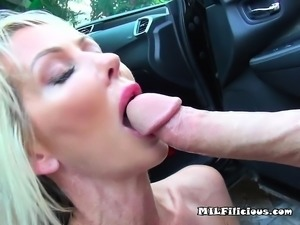 Mature Slut Tylo Duran Gets Fucked And Facialized