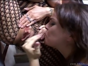 Kinky dark haired bitch Isabel Ice pleases her busty bitch with stout muff...