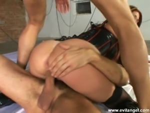 Seductive porn hotties likes to get nailed hardcore in hot foursome action