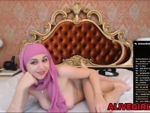 Beautiful ArabianMalikah with natural boobs ALIVEGIRL