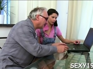 Enjoyable darling is getting hardcore spooning from old dom
