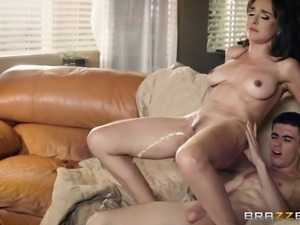 Horny MILF Cytherea seduces a hot guy for a great drilling game