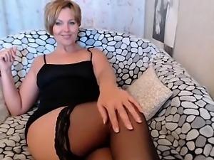 milf webcam 3