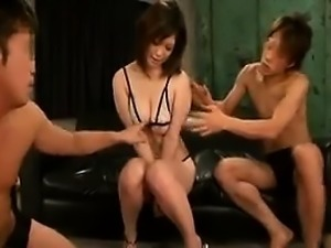 Stacked Japanese beauty playing out her sexual fantasy with