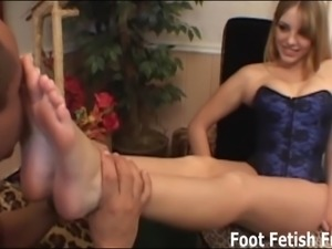 Pamper my feet and I will give you a nice footjob