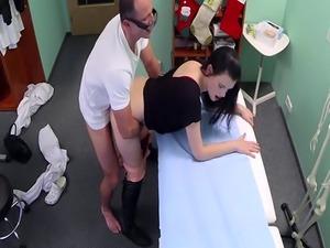 Amateur patient riding her doctors dick