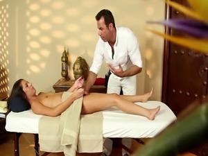 Smalltit beauty deepthroating masseurs cock