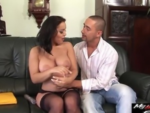 Busty Liza Del Sierra loves a big wad of jizz on her huge busty tits