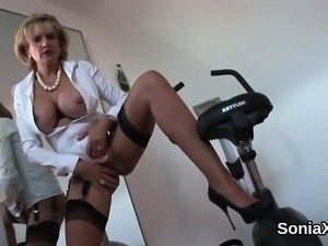 Adulterous british milf lady sonia pops out her big hooters