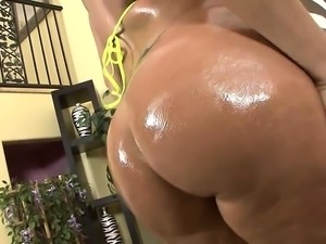 Hard black stud rams curvy MILFs pussy on the sofa